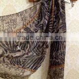 2015 new design printed polyester scarf shawl of animal pattern