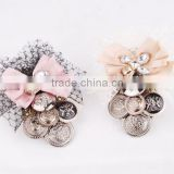 Mesh Fabric Ribboon Flower Brooch With Button,Ribbon Pin With Rhinestone For Wedding Invitation