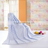 Wholesale alibaba dot printed plain cotton jacquard China factory supply towelling coverlet