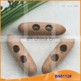 Fashion Natural Wooden Horn Toggle Button for Garments BN8112