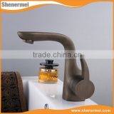 Professional Manufacturer Antique brass basin tap