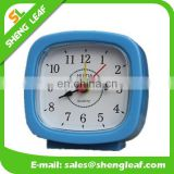 Novelty modern decoration desk Clock, plastic vibrating alarm clock
