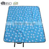 Wholesale Mini Outdoor Travel Beach Picnic Blanket Waterproof Softtextile Polyester Polar Fleece Pocket Blanket Picnic