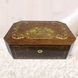 Luxury Good Quality High Gloss Inlaid Pattern Memorial Tribute Keepsake Box with Lock
