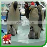 Professional Fiberglass life size exhibit Penguin animal statue for sale