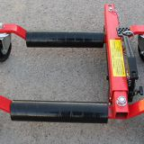 Hydraulic vehicle positioning jack 12