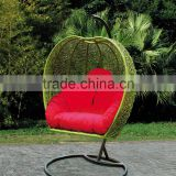 Outdoor Furniture Rattan Hanging Swing Egg Chair , Heart Shape Chair