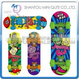 MINI QUTE Outdoor Fun & Sports 4 color plastic funny kids boy children scrawl longboards skateboard educational toy NO.WME05107