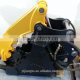BOBCAT excavator bucket with hydraulic thumb