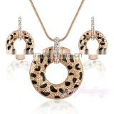 Wholesale crystal dubai gold plated fashion jewelry set