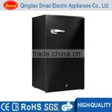 A+ R600a Portable single solid door hotel commercial mini beverage fridge