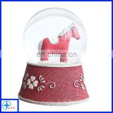 lovely! horse statue resin snow globe