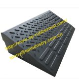 Rubber Ramp from Qingdao Singreat in chinese(Evergreen Properity )