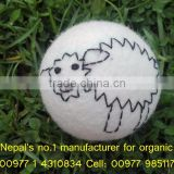 Pure white laundry felt dryer balls/Big selling artwork organic soft felted dryer ball/Nepal hand made felted dryer balls
