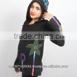 top wear with flowery star patch applique