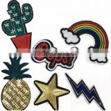 cheap wholesale different style embroidery patch for garment accessories