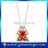 2016 New design frog shape necklace animal orange crystal charming pendant necklace N0040