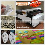 Auto Feeding Fabric Selvage Laser Cutting Machine PVC / Woven Laser Machine for Garment CE price/ textile/fabric/leather cutting