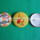Button badge with plastic back cover