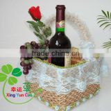Natural Wicker bottle basket with laced rim and handle (factory supplier)