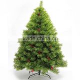 Green Christmas tree Cheap high quality manufacturers Red berries decorate the Christmas tree