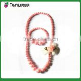 Candy pink beaded necklace bracelet set with flower for children