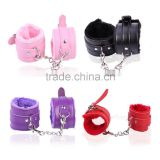 Sexy Leather Slave Hand Ring Handcuff Restraint Chain Sex Flirt Toy Tools