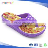 Latest ladies high heel eva slippers diamonds ornament on the strap for girls purple flip flops