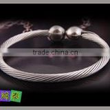 fashion silver 316L stainless steel/ titanium women cuff bangle bracelet jewelry China exporter
