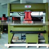 25 ton Oil dynamic cutting presses with movable trolley