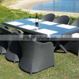 2015 new design fashion rattan dinning set garden chairs with table