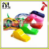 Flat plastic whistles for childrean as gifts