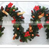 Bowknot Decoratived Artificial Christmas Garland with natural pinecones and flowers for door decoration