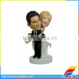 wedding gift bride and groom bobblehead wedding cake toppers