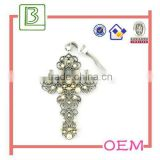 Decoration metal craft and arts cross brooch promotion gift for woman