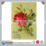 CB009 a/s KLEIN RED ROSES WOODEN BACKGROUND Fond BOIS