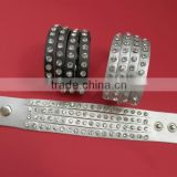 Produce 4 Rows of Rhinestones Studded Genuine Leather Luxury Bracelets Wristbands for Men & Women