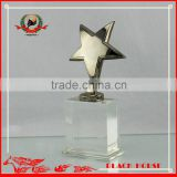 Wholesale Pretty Design Metal Awards Crystal Glass Star Paperweight