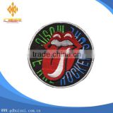 Top sale cheapest customized embroidery red tongue patch without MOQ