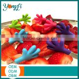 Kitchen Gadgets Mini Tongs Set of 4 Silicone Hand Shape Tongs