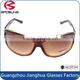 Wholesale ladies fashion sunglasses 2016 men and women driving riding fishing travelling sunglasses with brown frame and lens