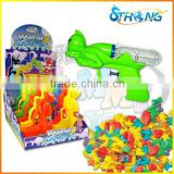 2016 New item Water Spray Gun Toy with candy container