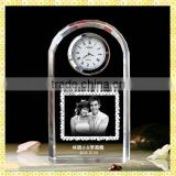 Handmade Unique Exquisite Etched Laser Wedding Photo Crystal Clocks For New Year Business Gifts Souvenirs