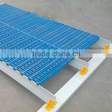 Farrow Crate Design Use Fiberglass Composite Beam/Slat Floor Support beam