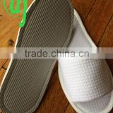 white comfortable with customized logo of winter disposable hotel slipper /welcome hotel slippers