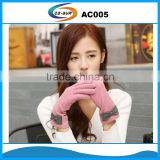 woman cashmere gloves with bowknot