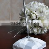 New Arrivals 2016 wedding Signing Pen with Acrylic Holder Wedding Pen Set White as wedding supplies bridal pen stander