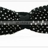 knitted pre-tied bow tie