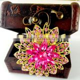 Beautiful flower crystal strass brooch pin, rose colour flower rhinestone strass brooch for party invitation