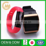 Factory Direct Sales Customized Logo And Color Special Design Lowest Price Silicone Wristband Watch
